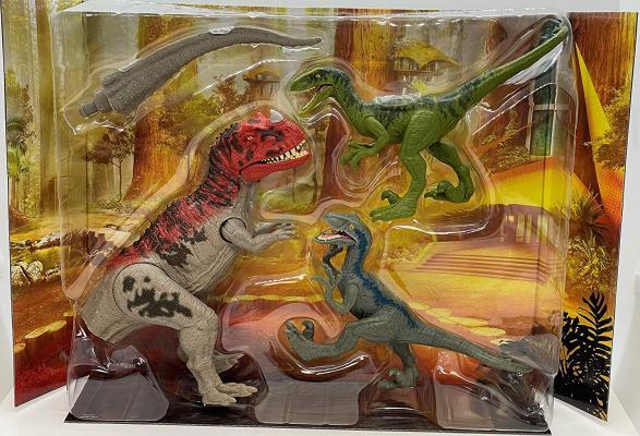 Jurassic World Camp Cretaceous Isla Nublar Ceratosaurus Clash Set with Ceratosaurus and 2 Velociraptors
